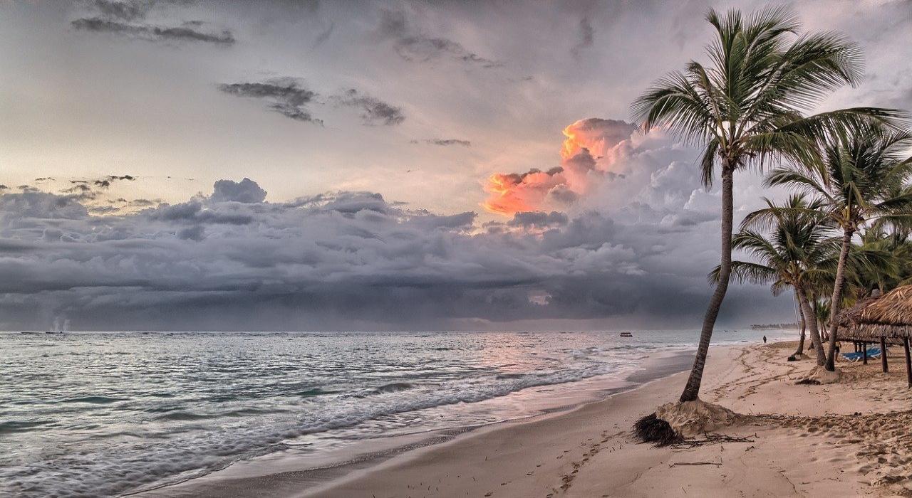 「行雲流水」とはどのような状態を意味する言葉?成り立ちや類義語もご紹介