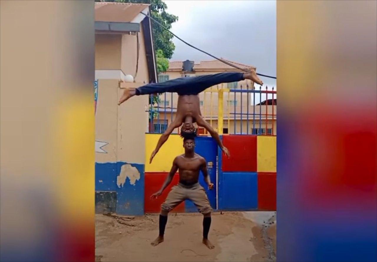 身体能力がスゴすぎる!2人の男性によるアクロバティックなパフォーマンスに驚愕!